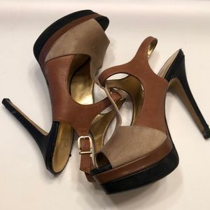 Jessica Simpson colorblack platform shoes